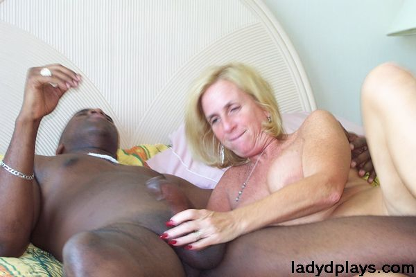 Swimming pool handjob video